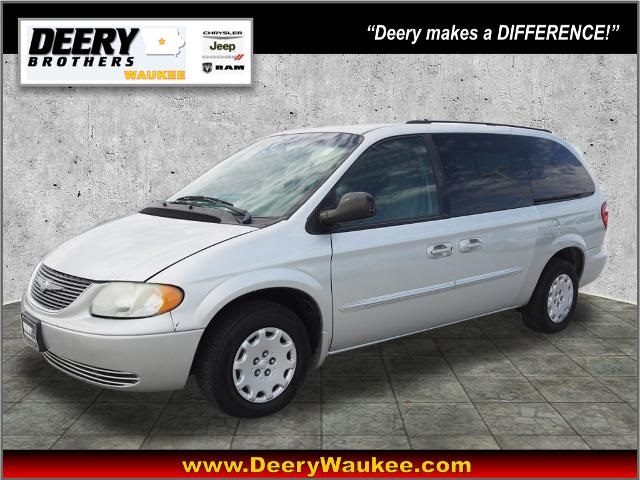 Pre-Owned 2003 Chrysler Town & Country eL